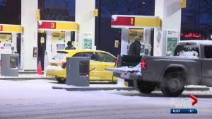 Months after pay-before-you-pump law, gas-and-dashes still happening in Alberta