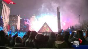 2016 Edmonton New Year's Eve fireworks display