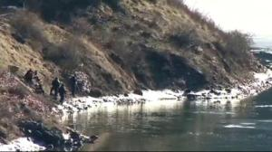 RCMP recover vehicle that plunged into river near Trail