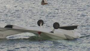 An Okanagan man jumps into action to help the two men on board a float plane that crashed landed in Okanagan Lake