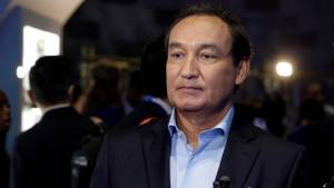 United Airlines CEO: Law enforcement will never remove passenger from overbooked plane again