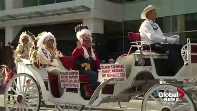 Thousands Pack Downtown Calgary For 2017 Stampede Parade
