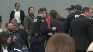 Heckler removed at B.C. Trudeau town hall as chief asks for calm and respect