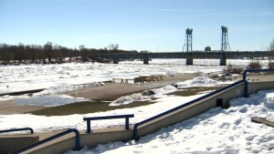 Flood preparations underway on the Red River
