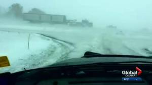Snowstorm creates hazardous road conditions in and around Calgary