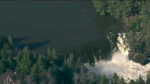 Quebec issues evacuation order in Grenville-sur-la-Rouge as dam could burst