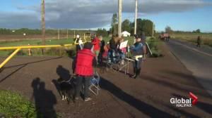 Protesters block entrance at Alton Gas site