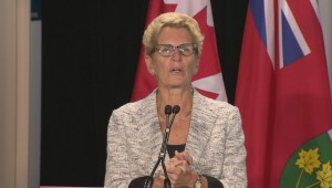 Premier Kathleen Wynne wants to bring 10,000 Syrian refugees by the end of the year