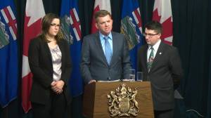 Wildrose has lost confidence in Alberta Human Services minister: leader Brian Jean (00:38)
