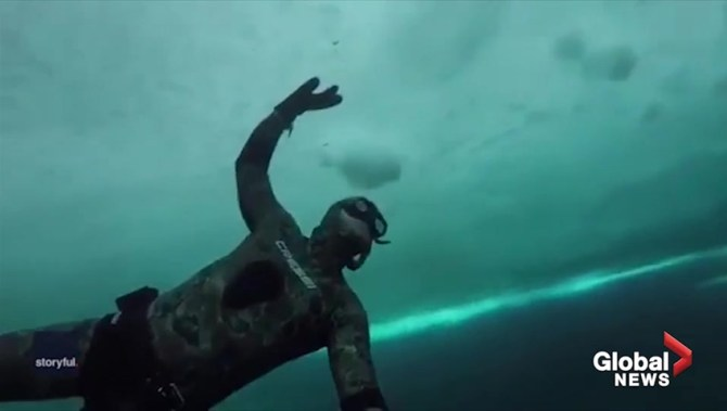Diver explores shipwreck in Ontario lake despite sub-zero temperatures