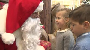 Winnipeg Santa grants little girl's 'blue bunny' wish