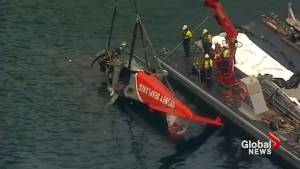 Australian investigators refloat Sydney seaplane after crash killed six (00:58)