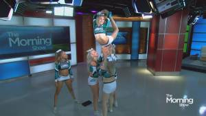 How one Global Anchor crashed a performance by a top Canadian cheer squad (02:34)