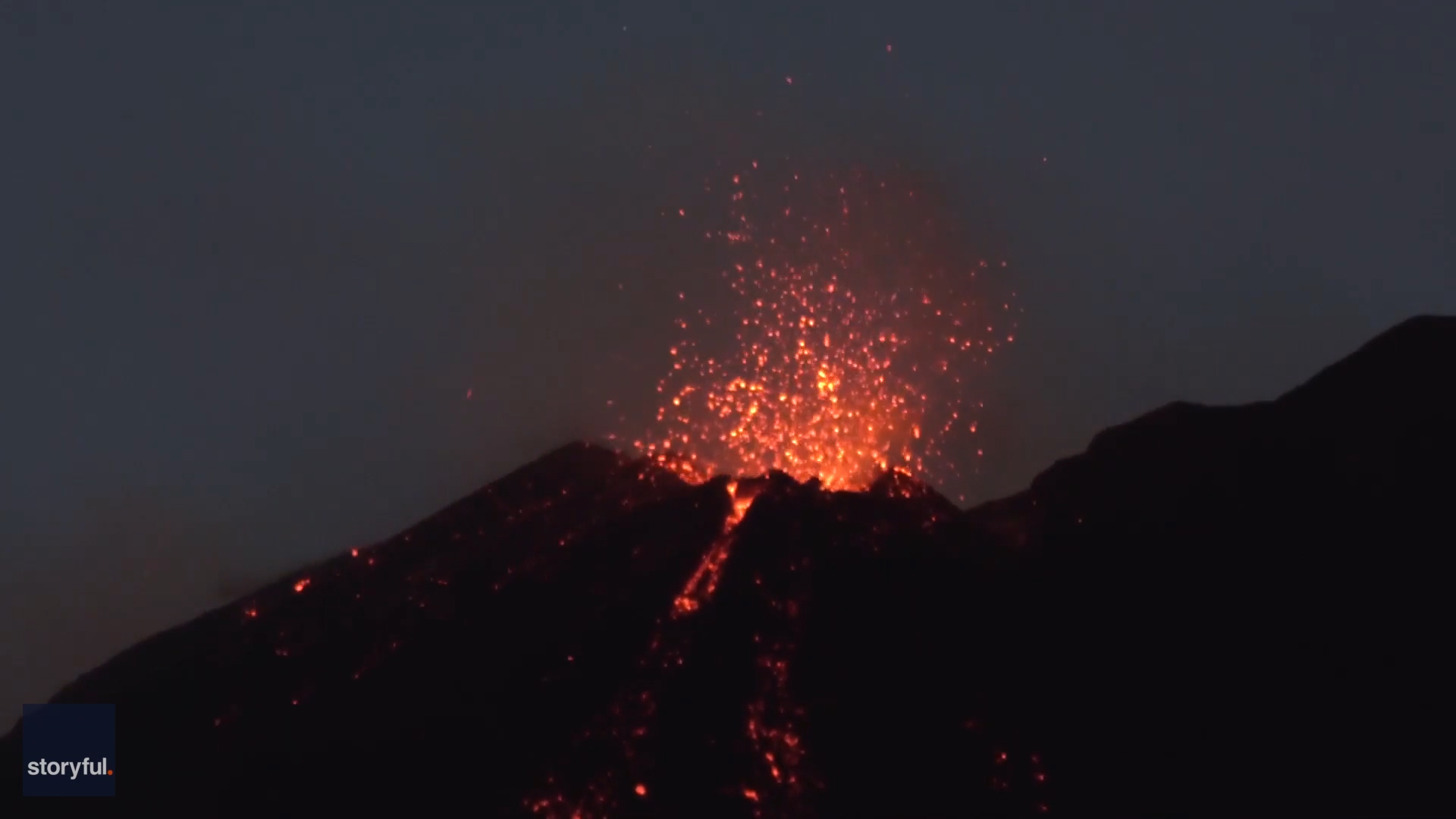Italy's Mount Etna erupts, closing Sicily's Catania Airport