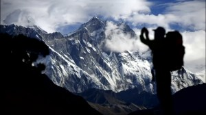More climbers die on crowded slopes of Mount Everest