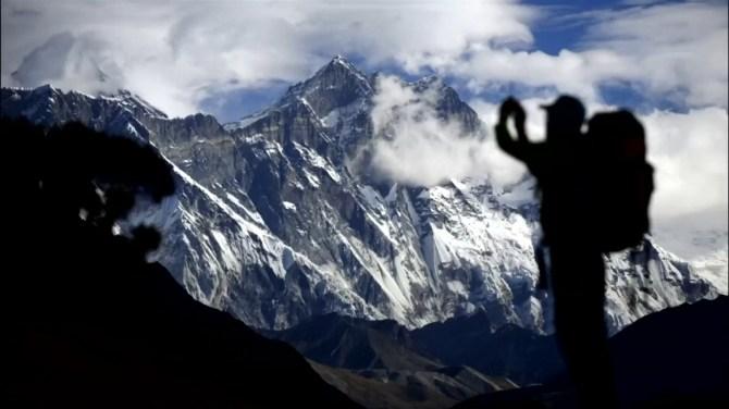 7 climbers die in one week as Mount Everest sees 'traffic jam'
