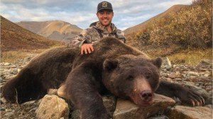 Former NHL player receives backlash for grizzly bear hunting