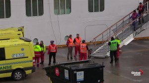 Stranded Norwegian cruise ship arrives at Port of Molde