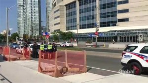 Increased police presence around Toronto, GTA tourist spots due to 'potential threat'
