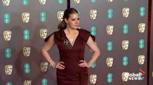 Stars make red carpet arrivals at BAFTA Awards in London (03:36)