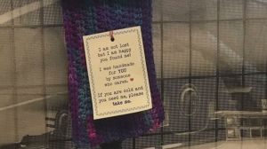 Warming the homeless in Toronto one scarf at a time