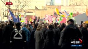 Canada Post employees protest Trudeau's visit to Calgary