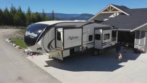B.C. couple warns about RV drivers licence requirements
