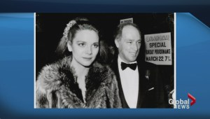 '60 Minutes' mistakes Kim Cattrall for Margaret Trudeau in photo flub