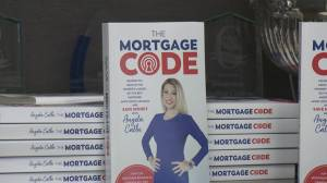 Mortgage specialist gives us tips on when to buy