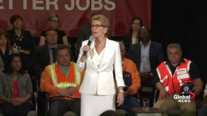 Premier Wynne announces minimum wage to rise to $15 an hour