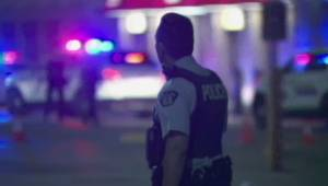 Police look for witnesses to Richmond parking lot shooting (01:35)