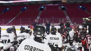 Young hockey players live out a dream on Bell Centre ice