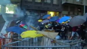 Hong Kong police and protesters clash for second consecutive day