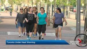 Toronto, southern Ontario under heat warning (01:48)