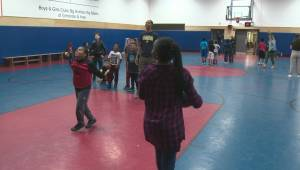 Edmonton Stingers help out at McCauley Boys and Girls Club