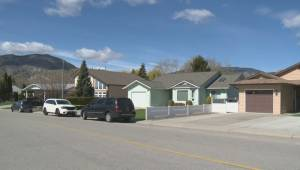 Penticton mass shooting neighbourhood saw dozens of bylaw complaint calls: ex-city officials (02:18)