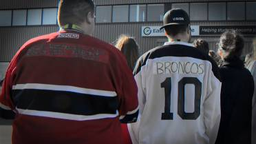 b13f8e963 ABOVE  Canadians across the country donned jerseys in a massive show of  support for the Humboldt Broncos hockey team.