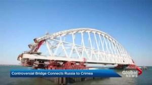 Russia builds bridge to Crimea