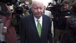 Mike Duffy can't take Senate to court over loss of pay, judge rules