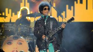 Minnesota Sen. Al Franken pays tribute to Prince