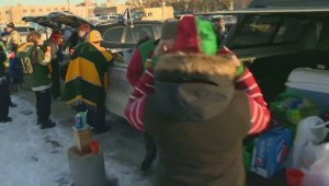 Grey Cup fans prepare for the big game with tailgating