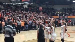 Heartwarming moment as student with special needs scores final shot in school basketball game