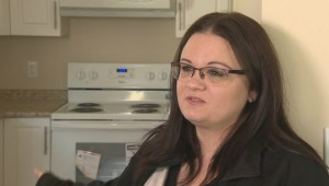 Better Winnipeg: Single mom gets first look inside her Habitat for Humanity house