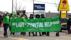 Chateauguay celebrates 15th annual St. Patrick's Day parade (01:14)