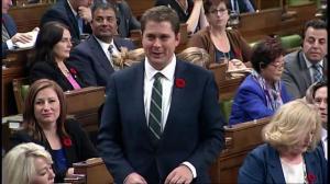 Morneau, Scheer have bizarre exchange in House of Commons