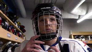Female hockey players devastated after CWHL folds