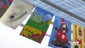 Outdoor art exhibit celebrating Canada 150 in Kelowna (01:33)