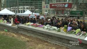 Toronto van attack: Toronto residents come together to mourn in wake of incident
