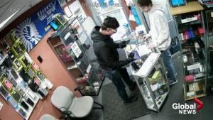 Grab and dash captured on security camera inside Kelowna phone repair shop
