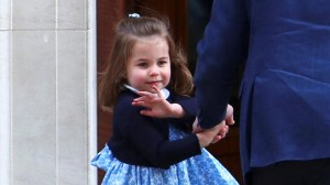Royal baby: Princess Charlotte waves to crowd as she arrives with Prince George at hospital to meet new brother